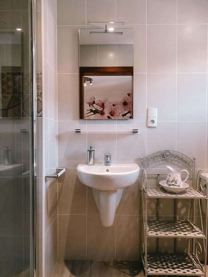 chambre capucine salle de bain la maison fleurie 1