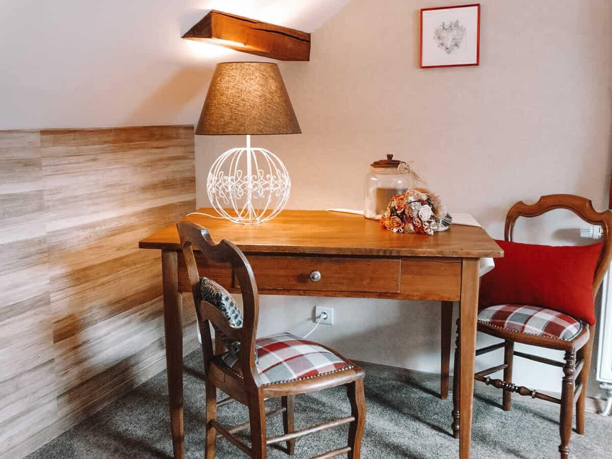 chambre jacinthe coin bureau la maison fleurie